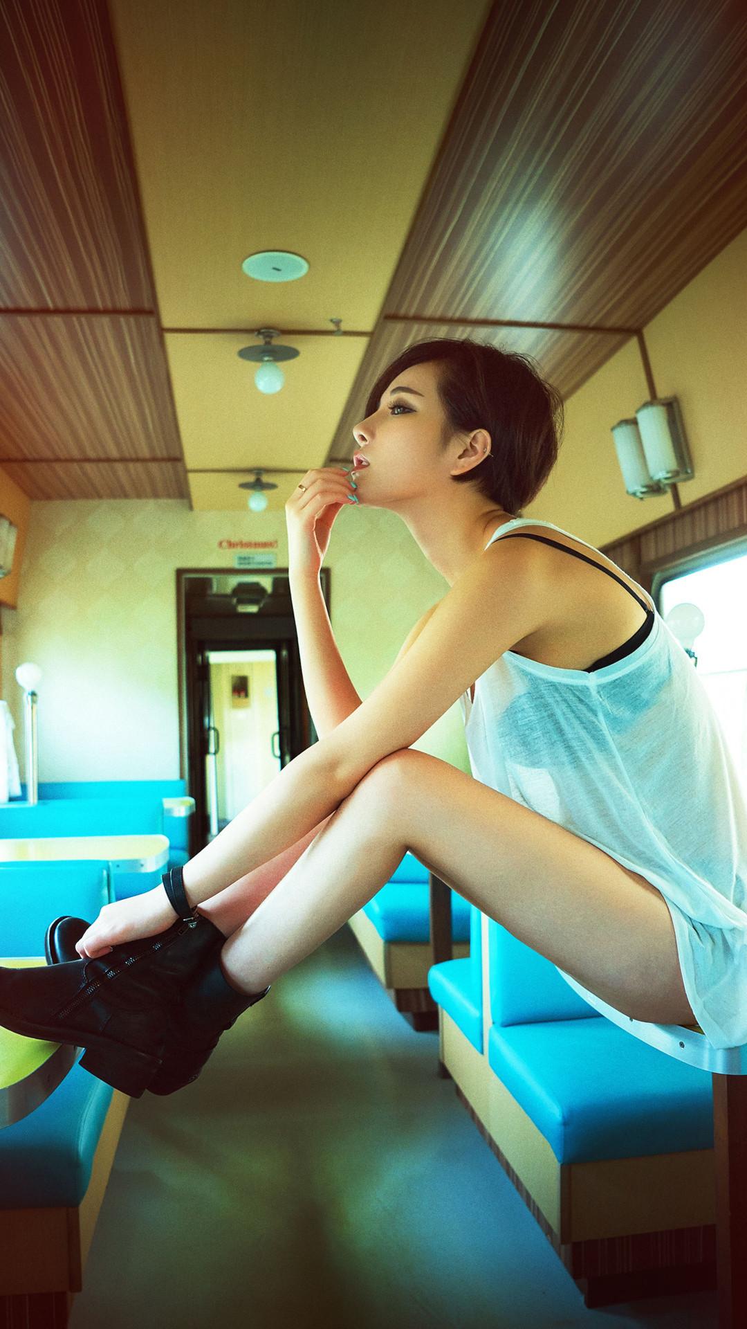 光屁股图片大全_光鸡美女 - www.qqyouyan.com